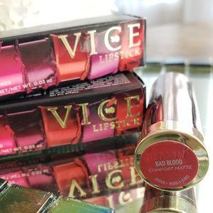 Urban Decay Makeup - 2 UD Vice Lipsticks - Bad Blood